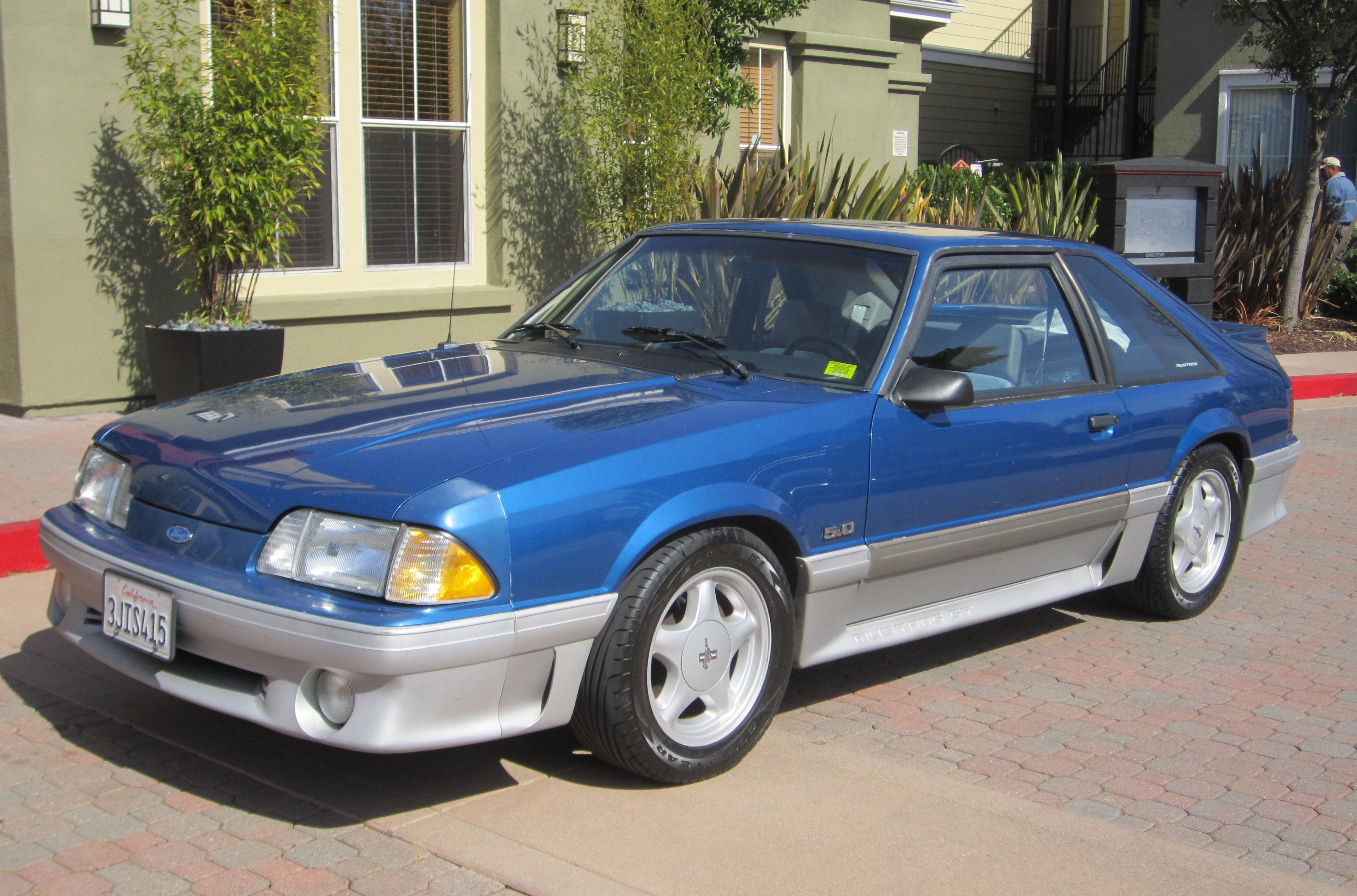 Z-Car Blog » Post Topic » Foxy 5.0: Kevin's '92 Mustang